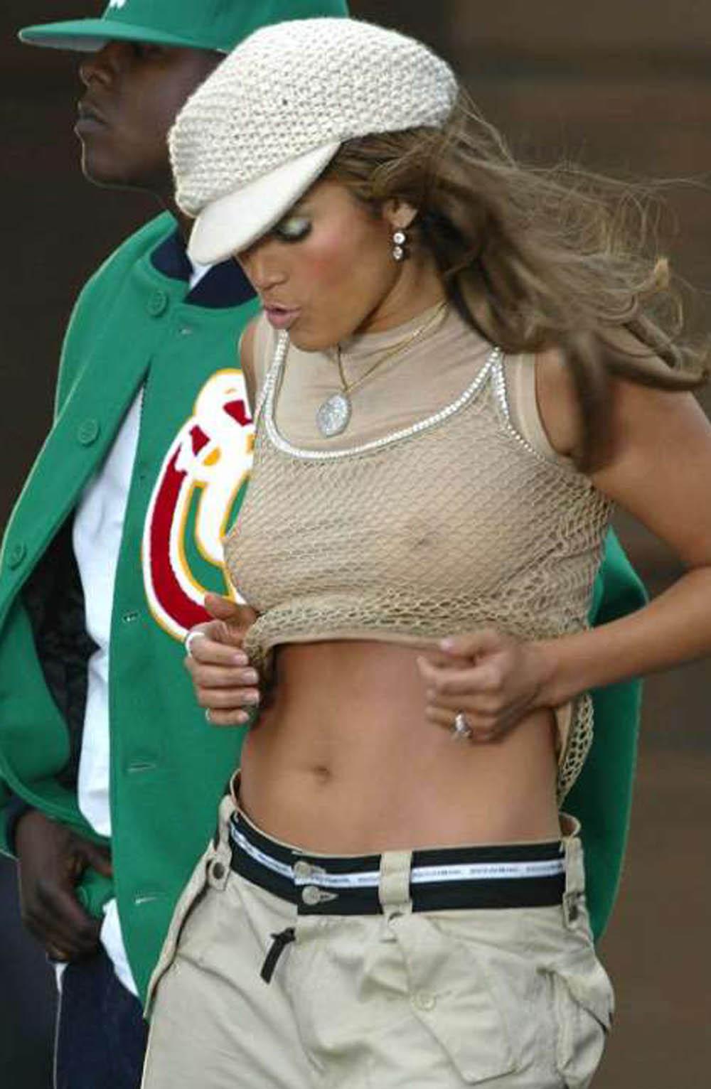Jennifer Lopez doorkijkblouse