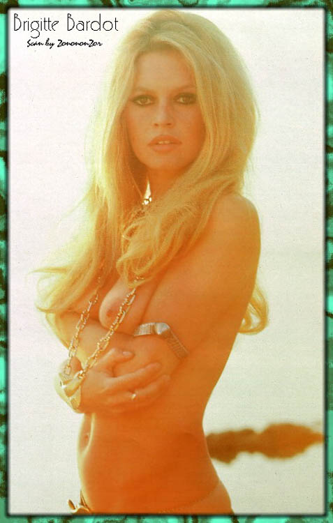Brigitte Bardot topless