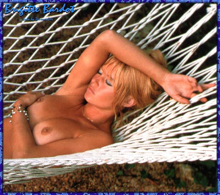 Brigitte Bardot naakt ~ grote tepels